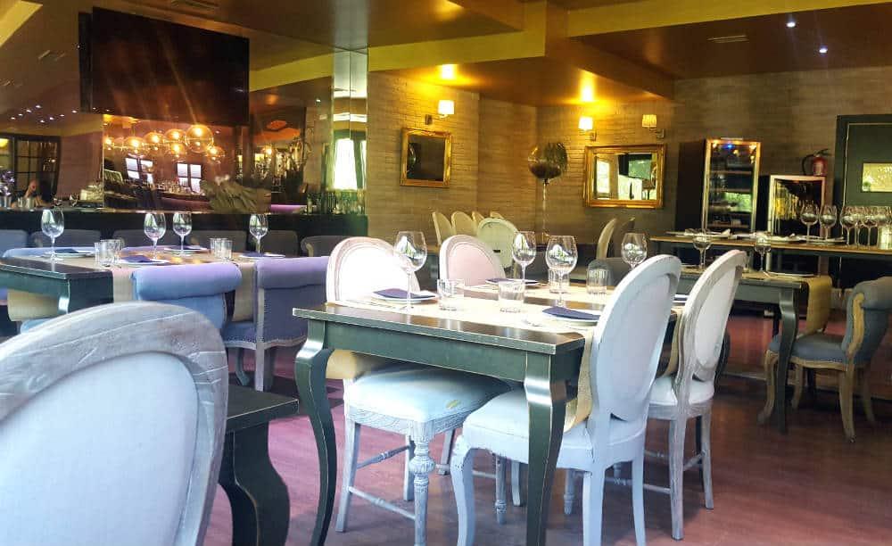 Restaurante Cambridge Soho Club - Interior mesas
