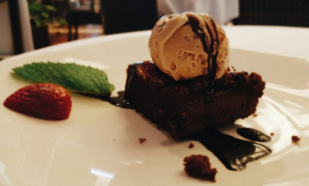 Restaurante Colonial Norte - Brownie de Chocolate Negro