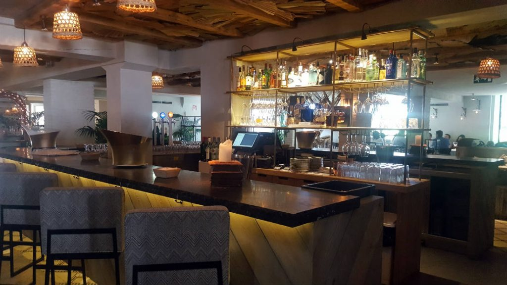 Restaurante El Jardín de la Máquina - Barra