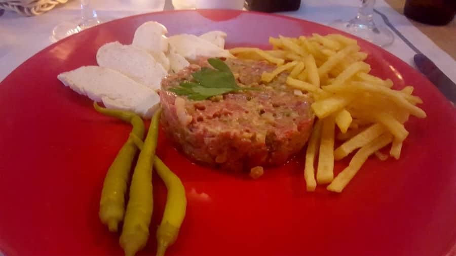 Restaurante La Cabaña Marconi - Steak Tartare