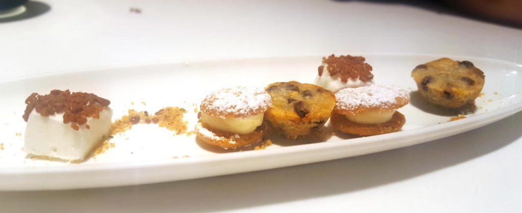 Restaurante La Manzana - Mini pastelitos de la casa