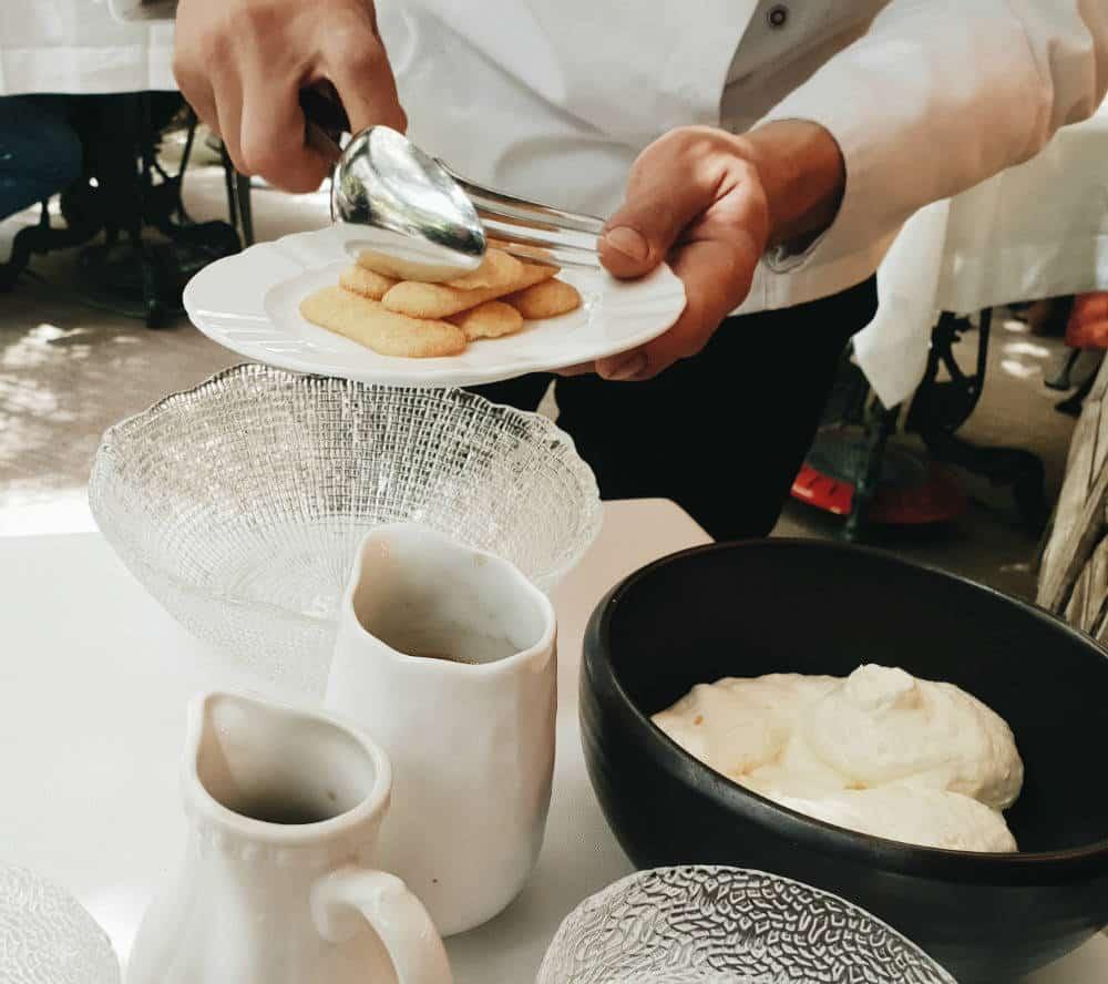 Restaurante Numa Pompilio - Preparación Tiramisú