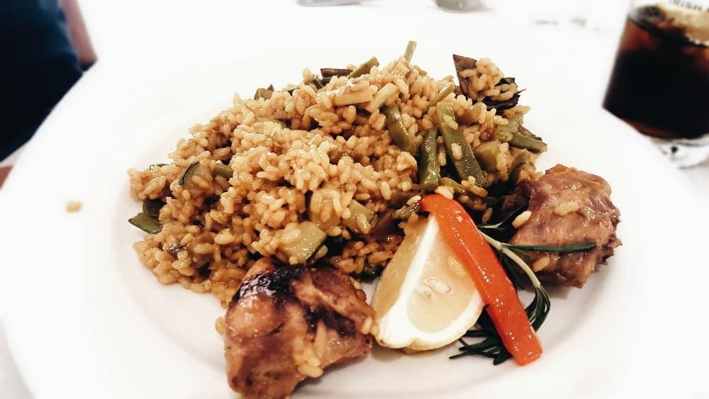 Restaurante St. James Rosario Pino - Arroz con Pollo y Verduras