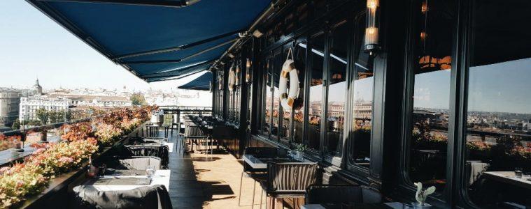 Terraza del Brunch del Hotel Only You Atocha